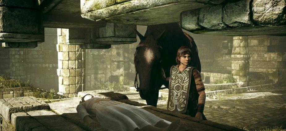 Shadow of the Colossus - Wander steht vor dem Altar auf dem die leblose Mono liegt