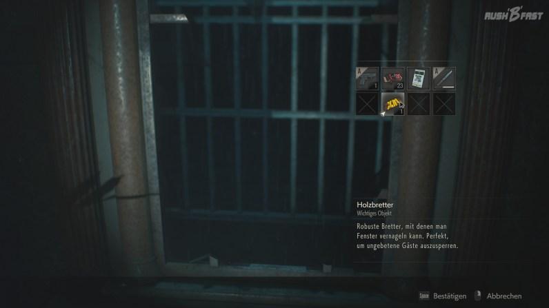 Resident Evil 2 - Offenes Fenster, durch das Zombies einsteigen können.