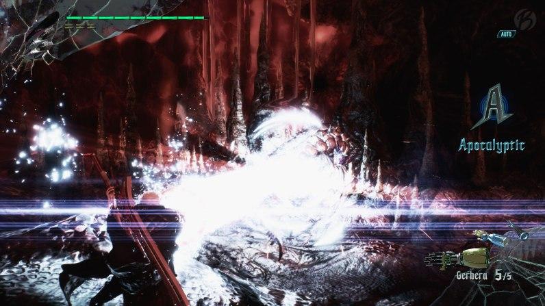 Devil May Cry 5: Armprothese im Einsatz - der Laser der Prothese macht ordentlich Druck!