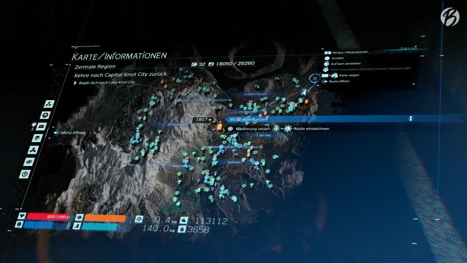 Death Stranding - Alle türkisen Symbole in dieser Region stehen für Bauwerke von Sam und anderen Spielern, die wir nutzen und verbessern können. Praktisch: Mit dem Touchpad und der Bewegungssteuerung des PS4-Controllers lässt sich sogar die Karte neigen.