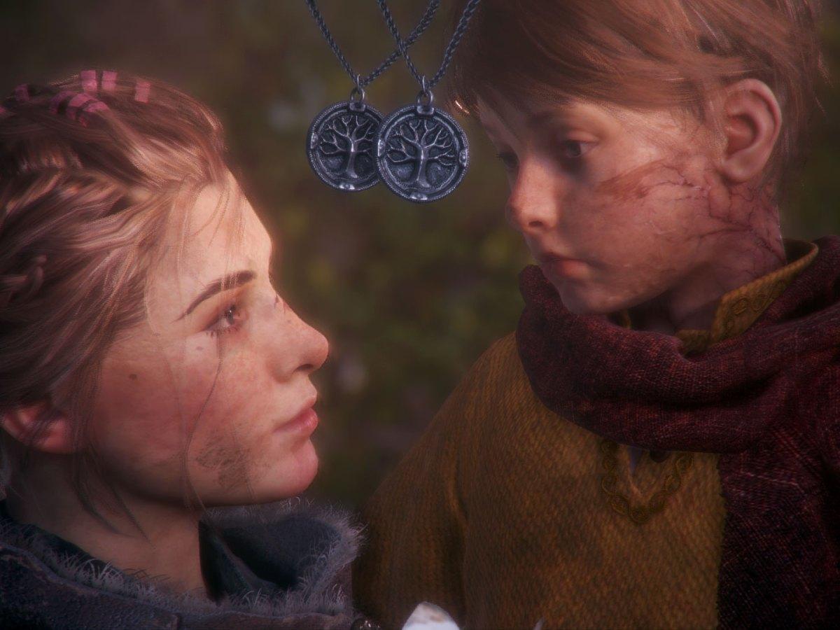 Amicia und Hugo erinnern sich an ihren Familienbund.