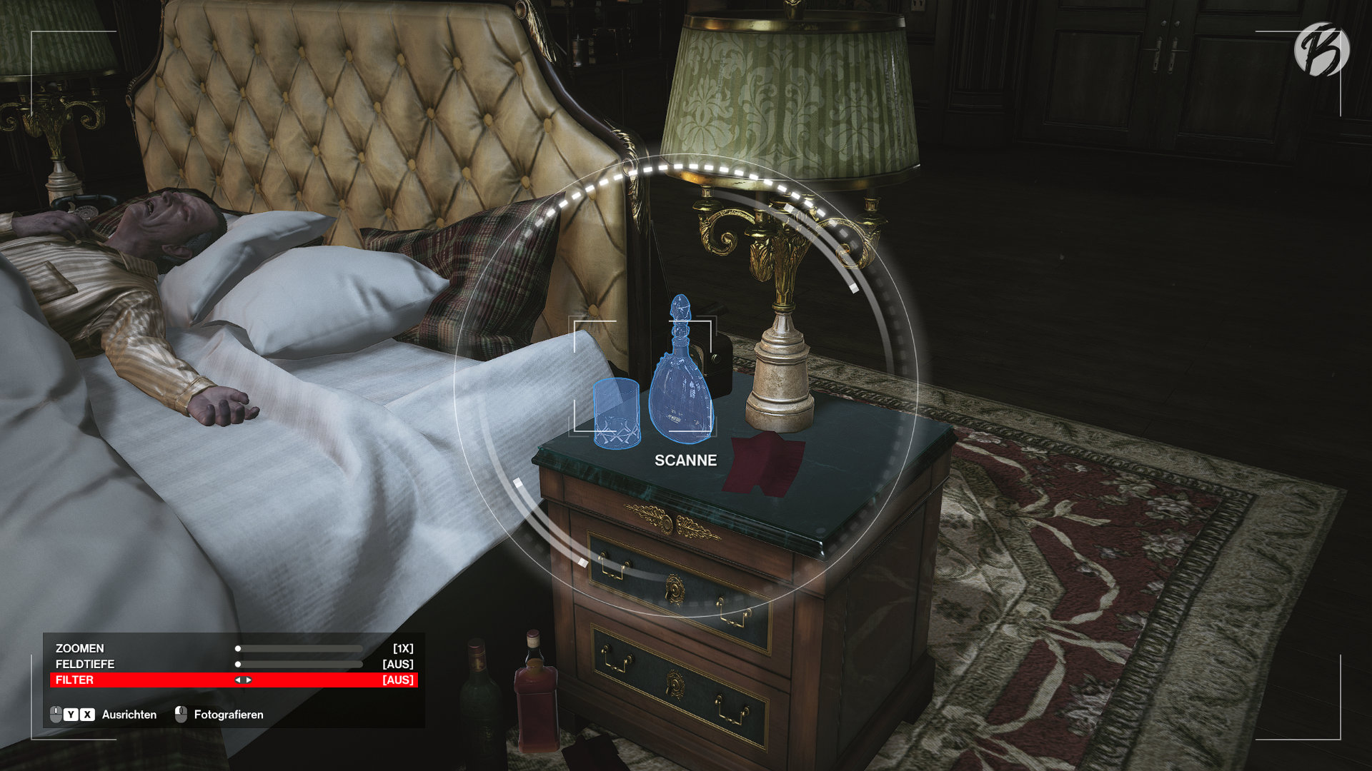 Hitman 3 - Mit dem neuen Fotohandy von Agent 47 lassen sich nicht nur einfache Screenshot erstellen, sondern auch wichtige Spuren sichern und Türen via Fernzugriff hacken.