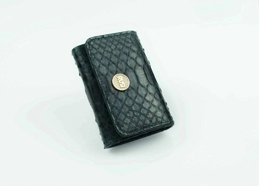 5.2 dark green mini wallet  scaled