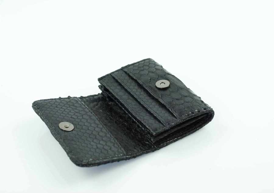 6.4 black mini wallet  scaled