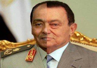 Монтаж, изобразяващ двете лица на една и съща власт - Мубарак и Тантауи.
