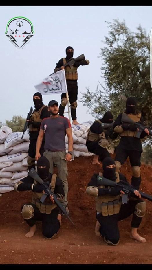 """Бригадата """"Северна светкавица"""", използвана като вид специални части на Свободната сирийска армия, базирана в Мараа, Северно Алепо."""