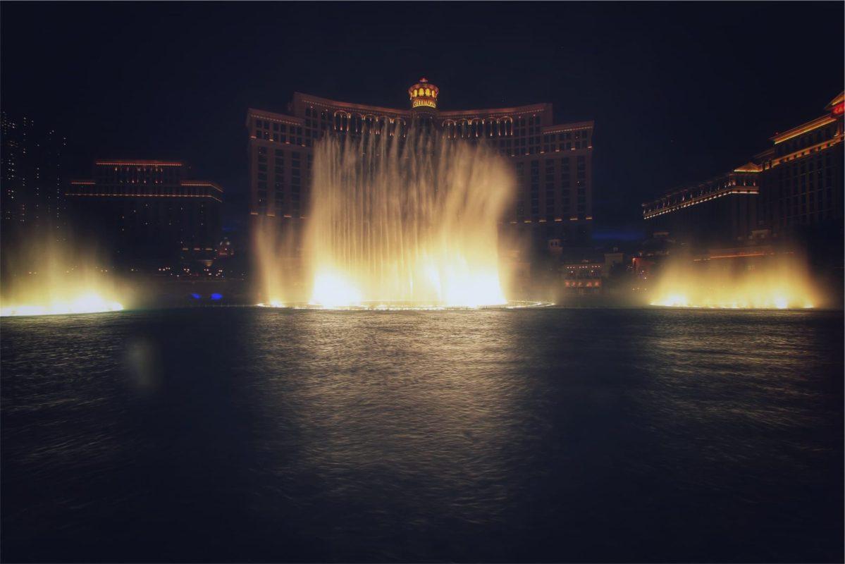 The Bellagio Water Show . Five Free Things in Las Vegas