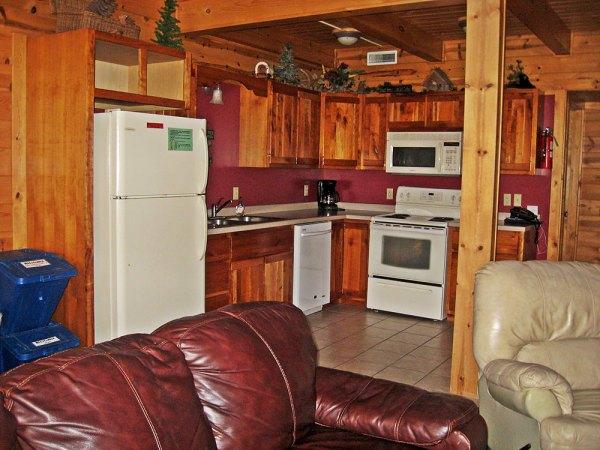cabin-kitchen_3796-hdr
