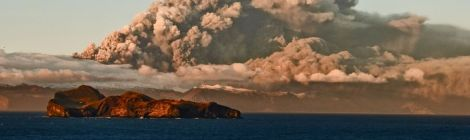 Icelandic Volcano Replenishes Iron And Life, Grows Half Billion Tonnes Atlantic Phytoplankton