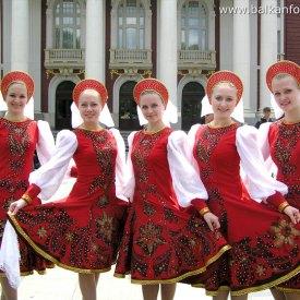453-sotsvetie-russian-folk-dance-ensemble-in-bulgaria