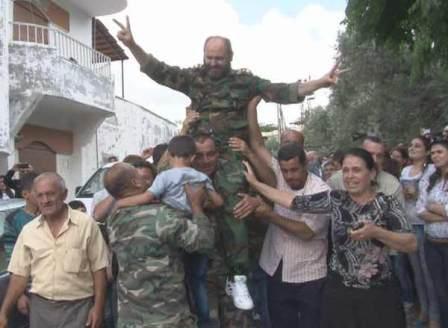 Жители Хан аль-Асаля встречают освободителей