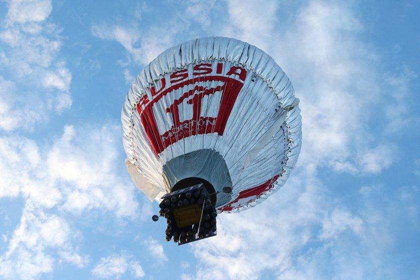 Fedor Konyukhov lifts off from the Northam Aero Club