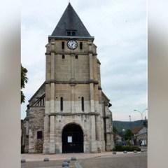 Knifemen shot dead in French hostage siege