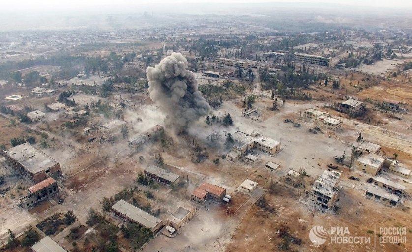 Нанесение авиаударов по террористам на юго-западе Алеппо.