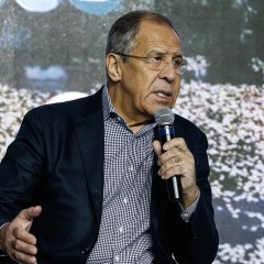 """Lavrov: Europe is trying to """"cut"""" relations with Russia under US pressure"""