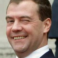 Medvedev meets New Zealand PM at East Asia Summit in Laos