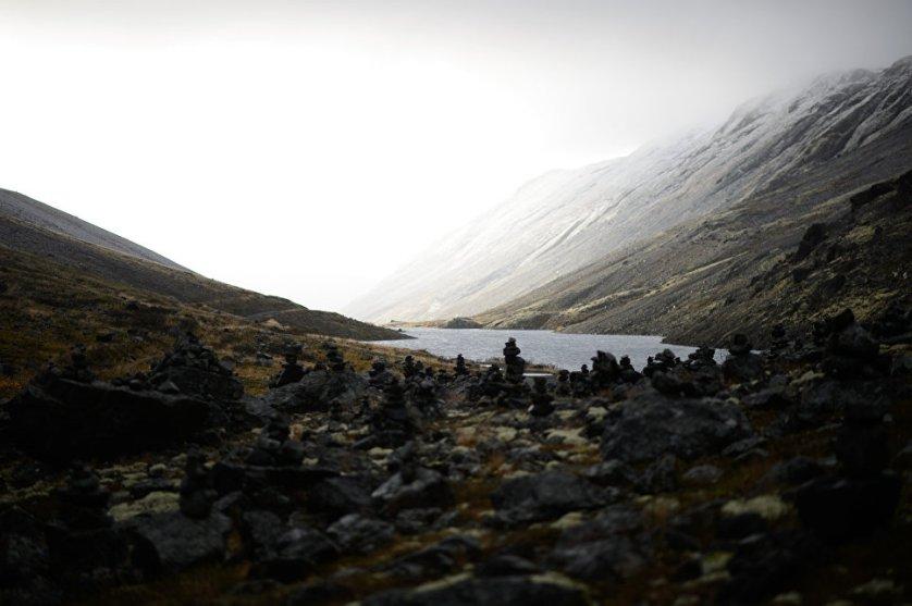 Хибины популярны у горных и лыжных туристов, а также альпинистов. Для их преодоления как летом, так и зимой необходима хорошая физическая подготовка.