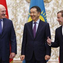 Президент Белоруссии призвал страны СНГ к вступлению в ЕврАзЭС