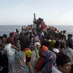 At least 28 migrants dead off Libya
