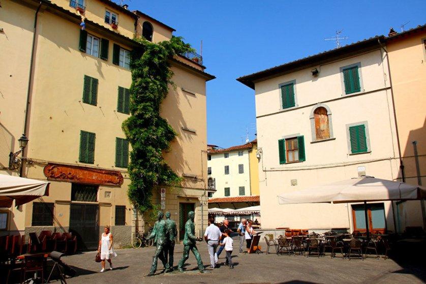 Итальянский город Пистоя – излюбленное место отдыха многих туристов. Он был основан римлянами в III или II веках до н. э. За время его существования здесь накопилось немало интересных достопримечательностей. Здесь любят много и вкусно поесть, о чем говорят многочисленные рестораны.