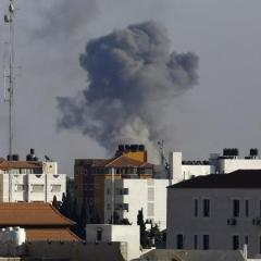 Israeli fighter pilot killed in crash following raid on Gaza