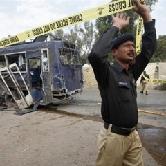 Islamist militants kill 60 in Pakistan police attack