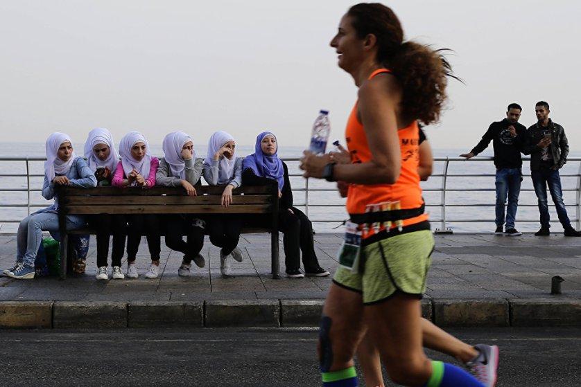 13 ноября тысячи бегунов из Ливана и других стран приняли участие в ежегодном Бейрутском марафоне.