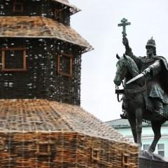 Суд в Орле отказал в иске о сносе первого в РФ памятника царю Ивану Грозному