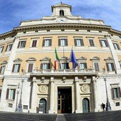 Итальянский эксперт дал оценку перспективе отмены антироссийских санкций