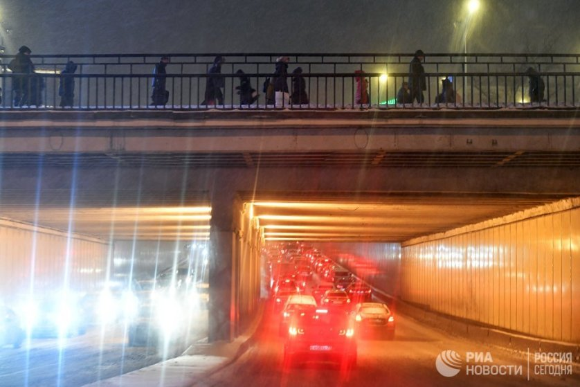 Загруженность дорог в Москве во вторник утром оценивалась в 6 баллов.
