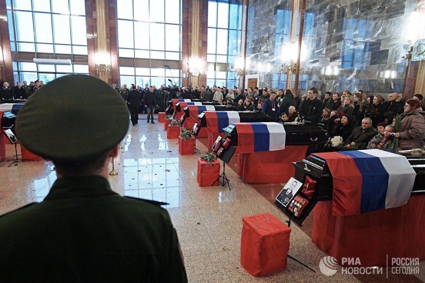 Трагедия произошла 25 декабря 2016 года: Ту-154 Минобороны, вылетевший в Сирию из Москвы, потерпел крушение в Черном море вскоре после дозаправки в Сочи. На борту находились 92 человека.
