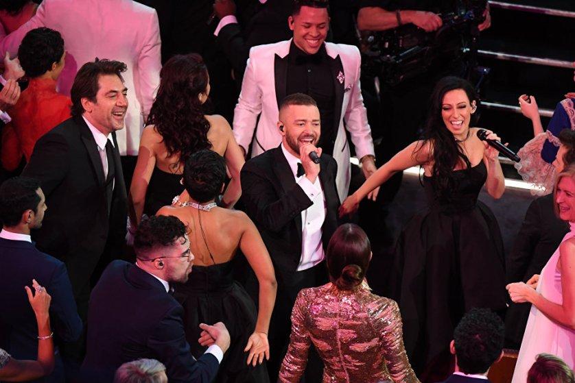"""Выступление Джастина Тимберлейка открыло 89-ю церемонию вручения """"Оскара""""."""
