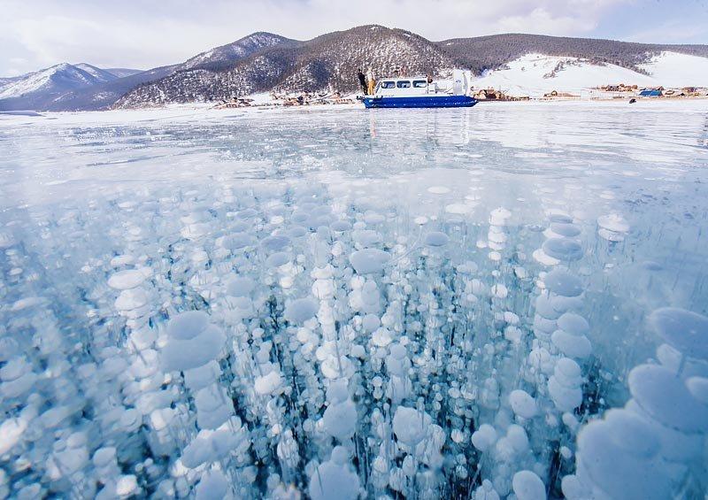 Каждый год озеро производит 60 кубических километров чистой, биологически активной воды. Через Ангару и Енисей эта вода попадает в Мировой океан.