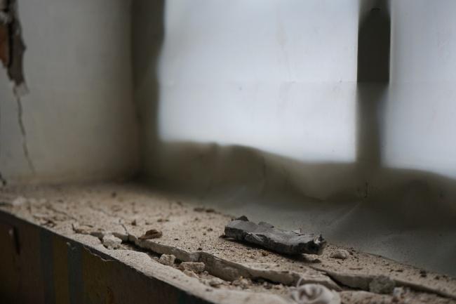 Осколок, влетевший в комнату жителей прифронтового села.
