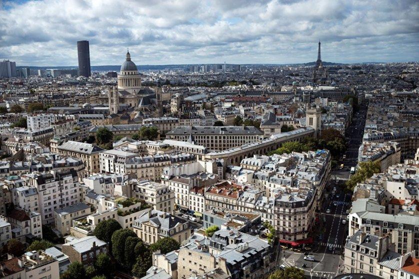 Столица Франции - Париж.
