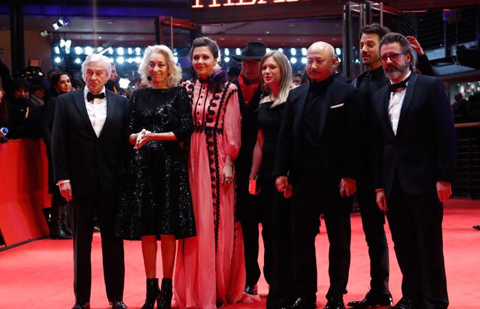 Международное жюри Берлинале на церемонии открытия 9 февраля 2017