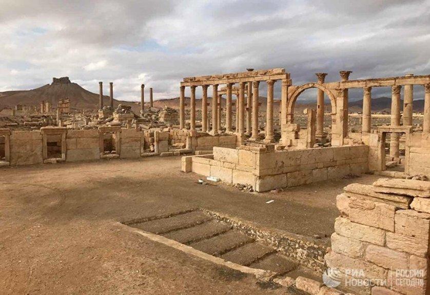 Полный огневой контроль над городом подразделения сирийской армии при поддержке союзного ополчения установили еще 1 марта.