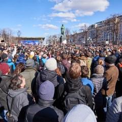 Свыше 60% россиян слышали о протестных акциях 26 марта