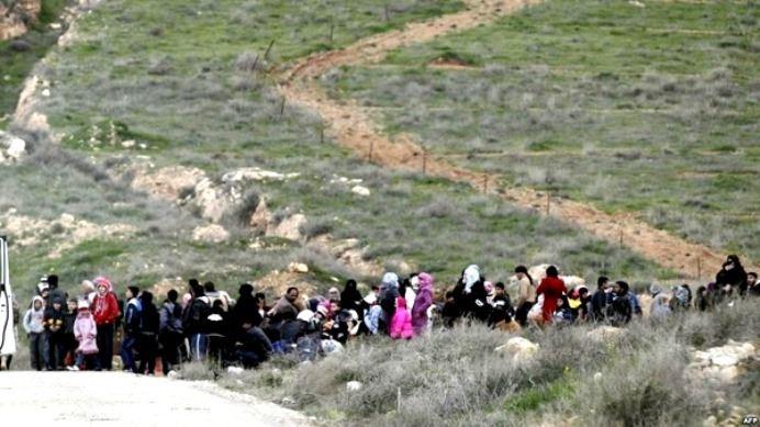 الجزائر ترحّل لاجئين سوريين؟!