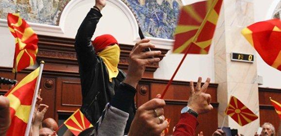 Великая Албания начнется со смерти маленькой Македонии