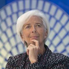 МВФ объявил об экономической оттепели с переменными рисками
