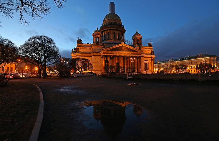 Суд Петербурга счел законным отказ в иске противникам передачи Исаакия