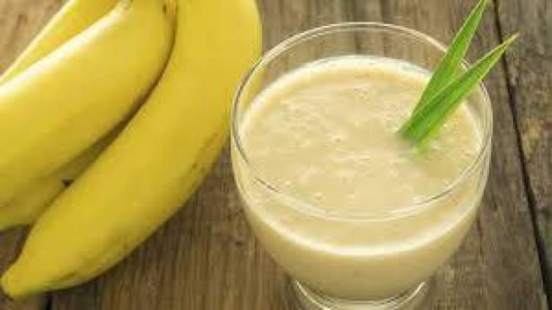 10 فوائد لشراب الموز.. تناوله يومياً!