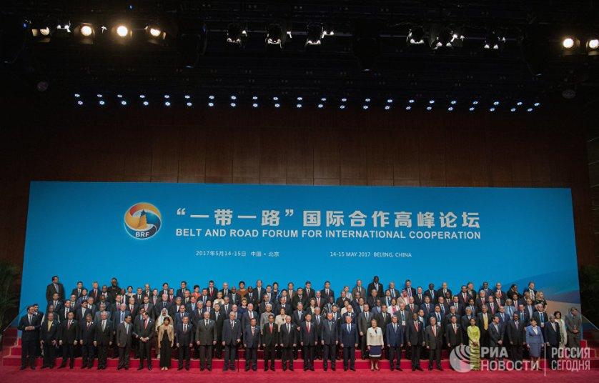Российский президент высоко оценил идею о создании пояса экономического развития и взаимовыгодной торговли между Азией и Европой.