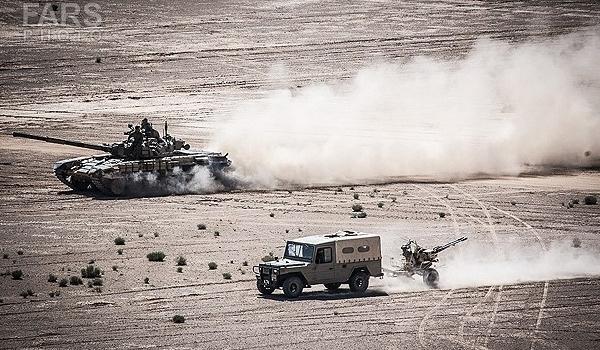 القوة البرية للجيش الايراني تبدأ مناورات كبرى وسط البلاد