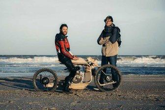 Ученые создали деревянный мотоцикл, работающий на водорослях