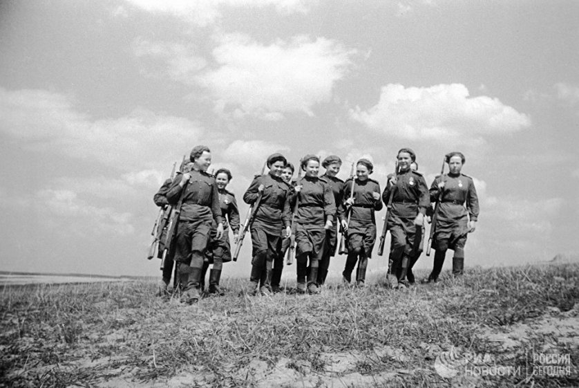 Девушки-снайперы были элитой Красной армии. Эта служба считалась почетной в том числе и из-за ее опасности: снайперов противник стремился не просто обезвредить, а уничтожить.