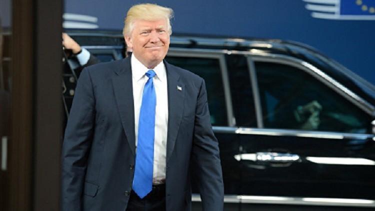 """""""وحش"""" ترامب تعجز عن عبور بوابة قصر الملك"""