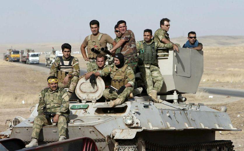 Иракская армия установила плавучий мост перед решающим штурмом Мосула