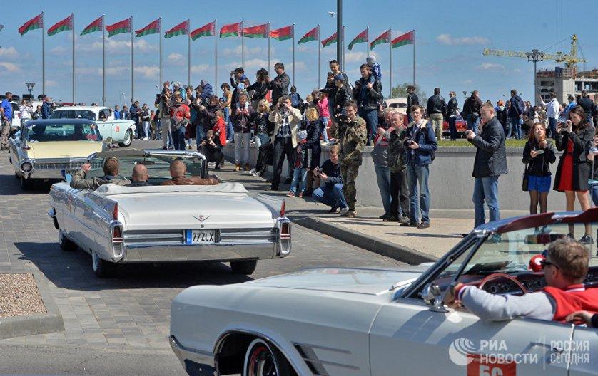 К участию в конкурсе допускаются машины, с момента начала выпуска которых прошло не менее сорока лет.